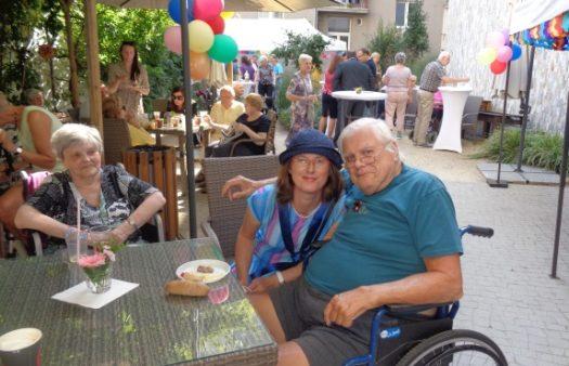 Zahradní slavnost SeniorCentra Klamovka